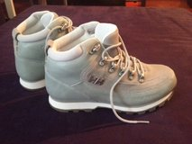 Helly Hansen hiking/snow boots in Stuttgart, GE