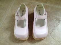 NEW! Size 6 Pink Toddler Shoes Easter in Chicago, Illinois